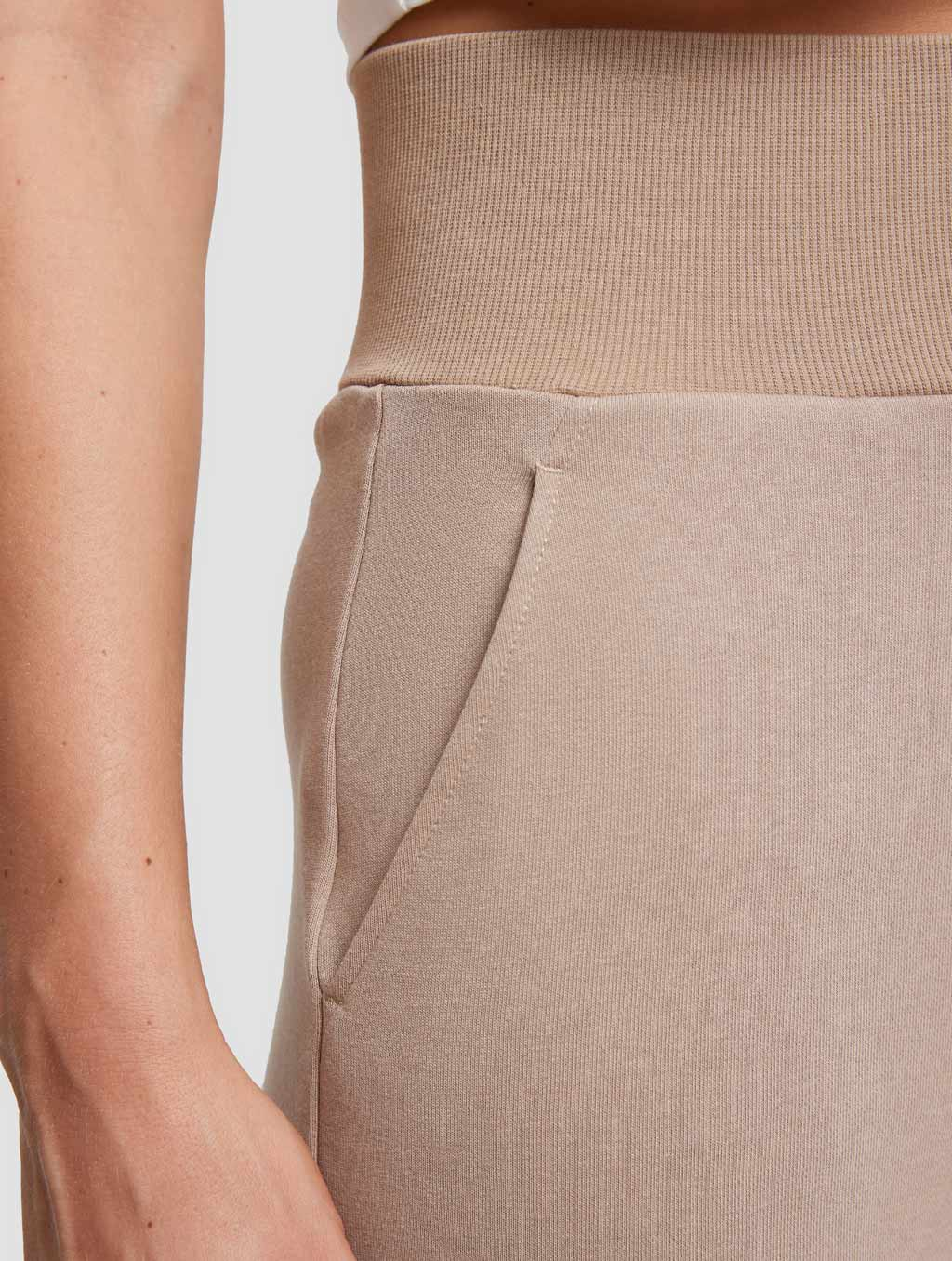 High-waist Threaded Slit Sweatpant-detail- Caramel