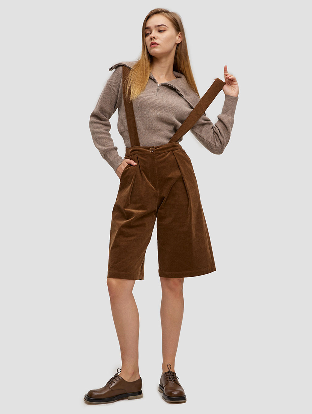 Overall Shorts - whole body- brown