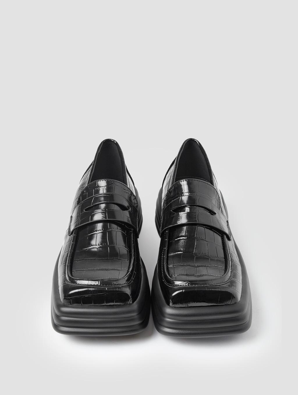Square Toe Loafers - positive- Crocodile-print Black